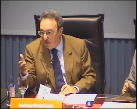 Modesto Barcia Lago, doutor en Dereito, avogado en exercicio e profesor titor da UNED de Pontevedra. - Xornadas sobre a administración cidada: Interese histórico e a súa proxección no dereito actual